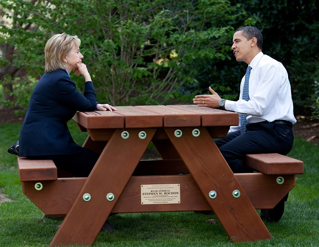Then-Secretary of State Hillary Clinton and President Barack Obama during a 2009 meeting. Photo: The Official White House Photostream (Pete Souza).